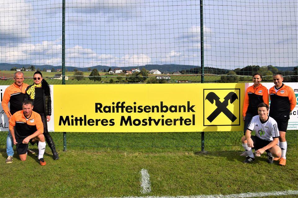 Raiffeisenbank Mittleres Mostviertel, Bankstelle Yspertal sponsert SKV-Union St.Oswald
